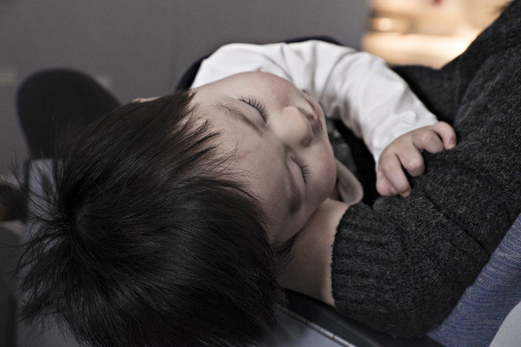 MamiWiki Babyapotheke Kinderapotheke Reiseapotheke Apotheker Kind Krank Baby Schlafen Fieber Halsweh Schnupfen Zäpfchen