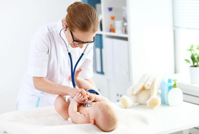 MamiWiki Infektionen bei Neugeborenen Baby Krank ITS Intensivstation Infektion