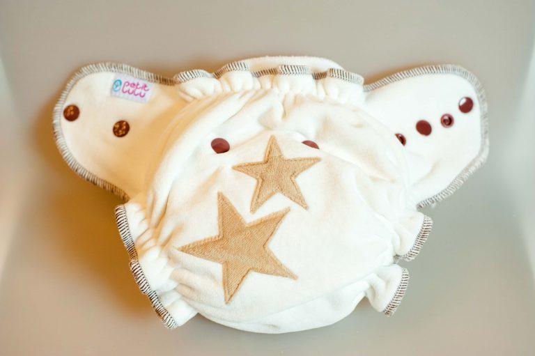 Nachtwindel MamiWiki Stoffwindeltest Petit Lulu Höschenwindel Nappy Cloth Diaper Stoffwindel Wickeln Neugeborene Baby Windel Bewertung